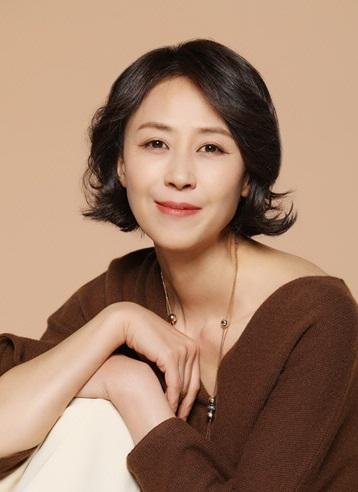 187 Yoon Bok In